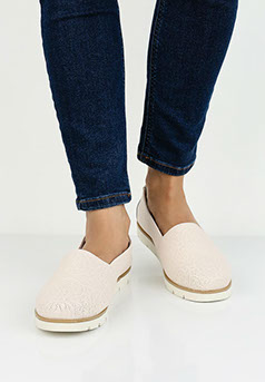 Зимние модели теплые, так как их делают из крепкой кожи и утепляют  натуральным мехом. Спортивная итальянская брендовая обувь — кроссовки,  мокасины, ... 29515c97dcf